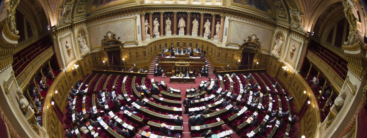 Loi Travail Les Senateurs Votent La Suppression Des 35 Heures
