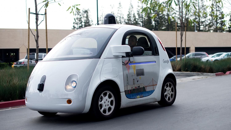 la voiture sans chauffeur de google sait maintenant klaxonner. Black Bedroom Furniture Sets. Home Design Ideas