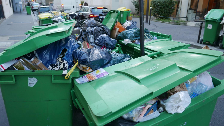 Lyon : les ordures s'amoncellent
