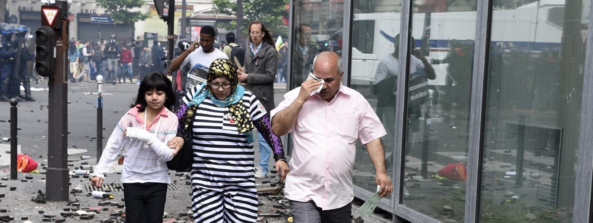Manifestation contre la loi travail l 39 aphp va porter plainte apr s des d gradations l - Porter plainte contre hopital ...