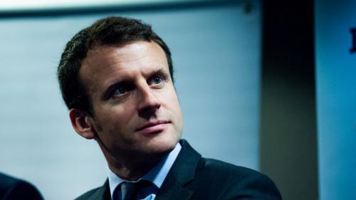 La démission d'Emmanuel Macron : un grand moment de communication