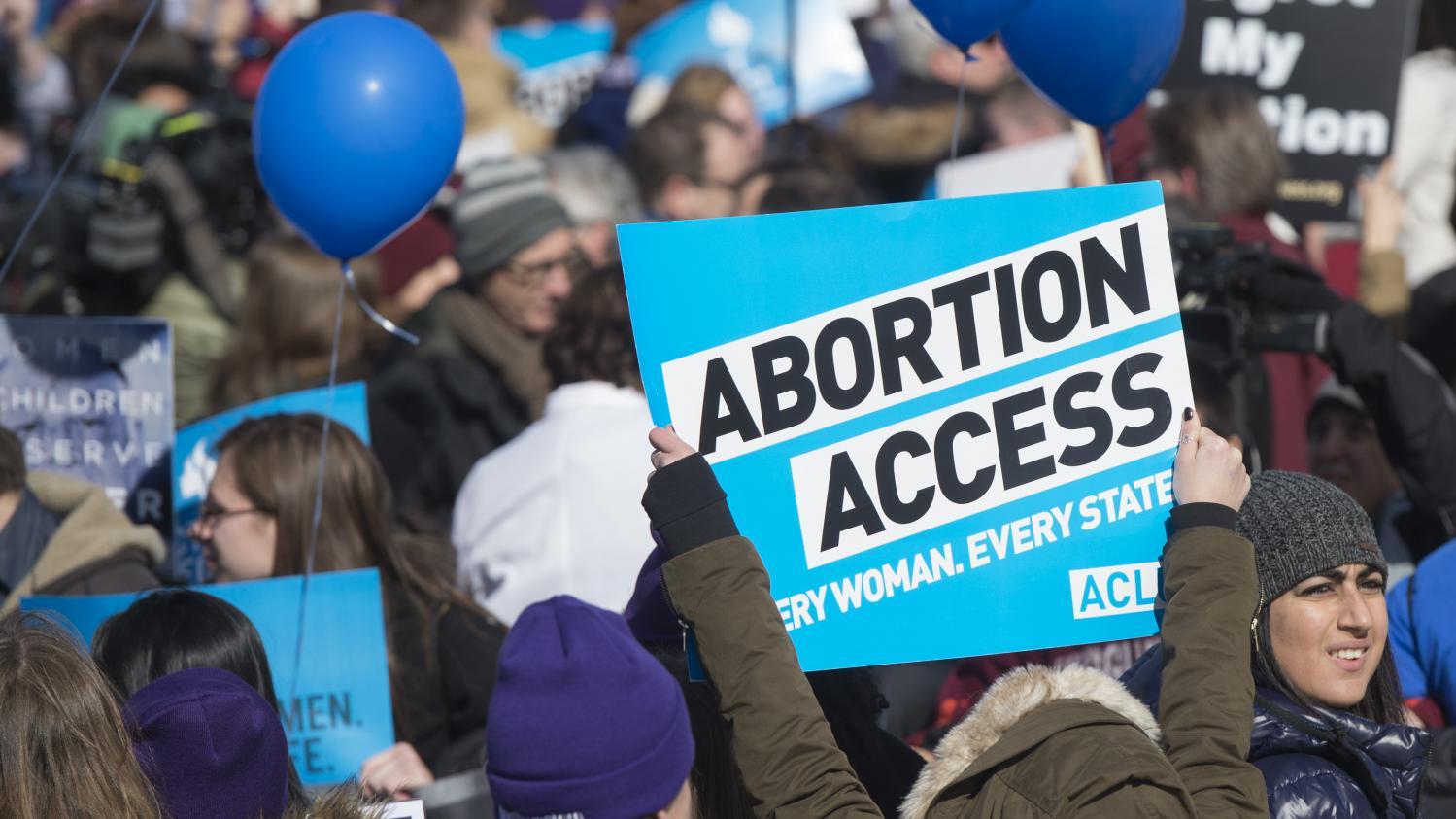 etats unis la cour supr me r affirme avec force le droit l 39 avortement. Black Bedroom Furniture Sets. Home Design Ideas