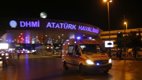 Attentat-suicide à l'aéroport d'Istanbul : au moins 28 morts, selon un nouveau bilan