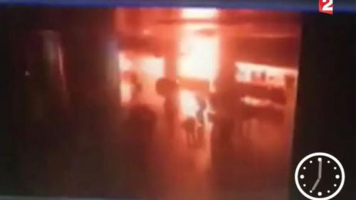 VIDEO. Attentat en Turquie : les images de la vidéosurveillance montrent l'extrême violence des explosions