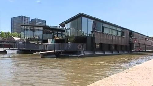 Paris : inauguration du premier hôtel flottant