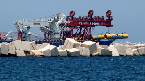 VIDEO. Italie : la marine découvre des centaines de cadavres du pire naufrage de migrants en Méditerranée