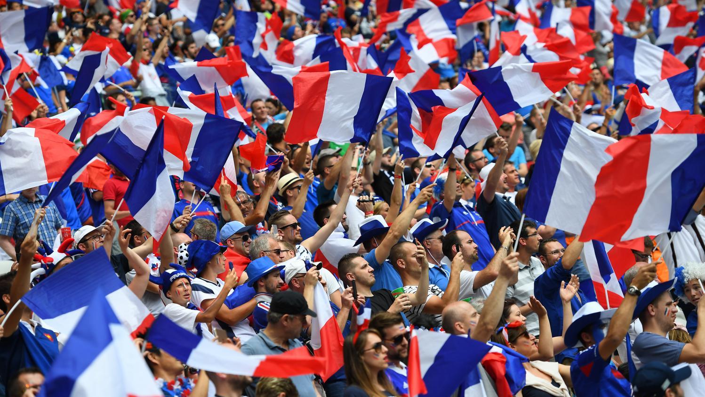 Euro 2016 pourquoi les supporters des bleus ne font ils pas plus de bruit - Coupe d europe de foot 2016 ...