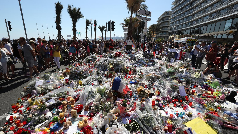 Attaque Terroriste: Attentat De Nice : Ces Héros Ordinaires Qui Ont Sauvé Des Vies