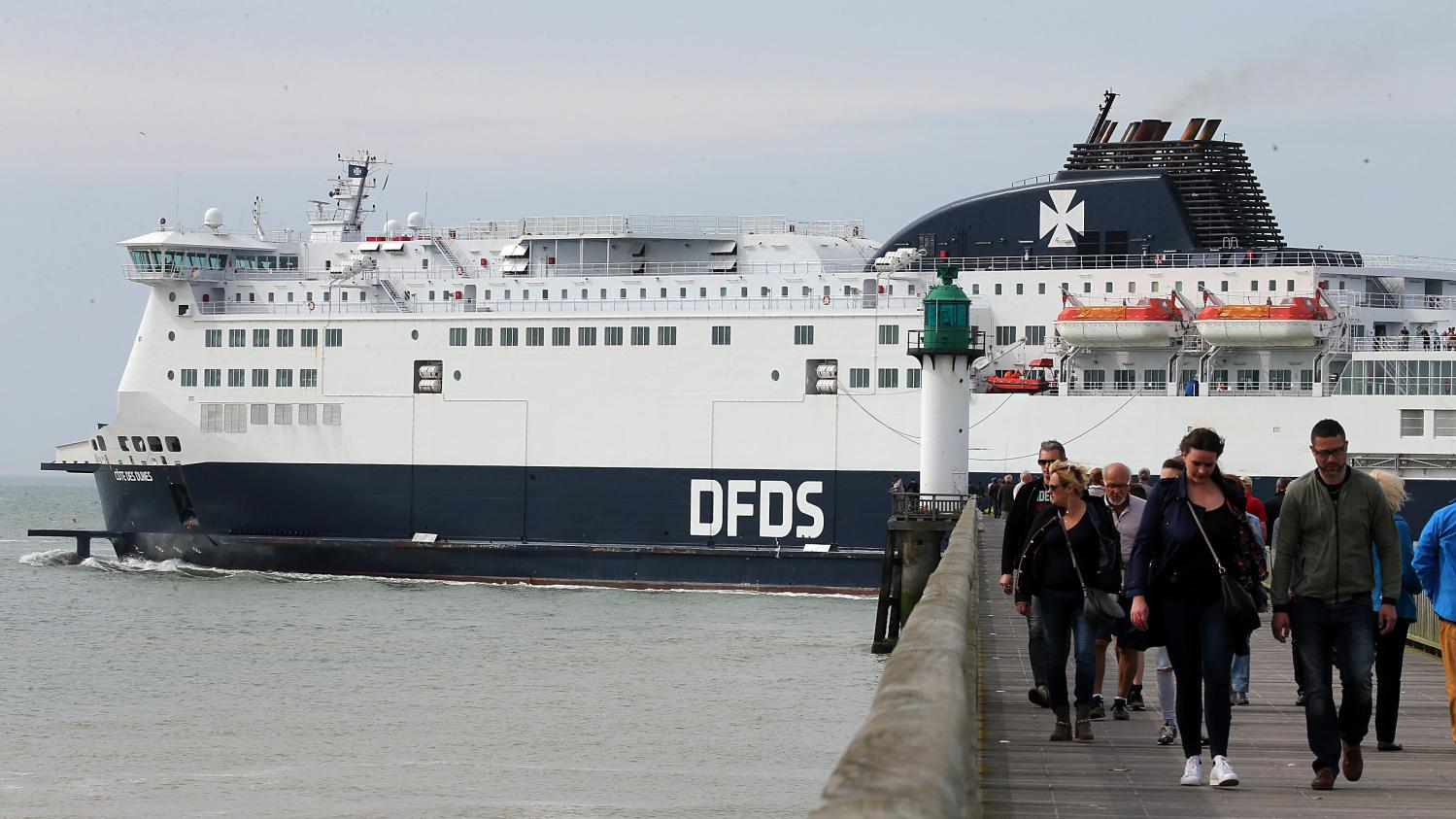 Calais quelques faits divers en bref nord littoral for Piscine iceo calais