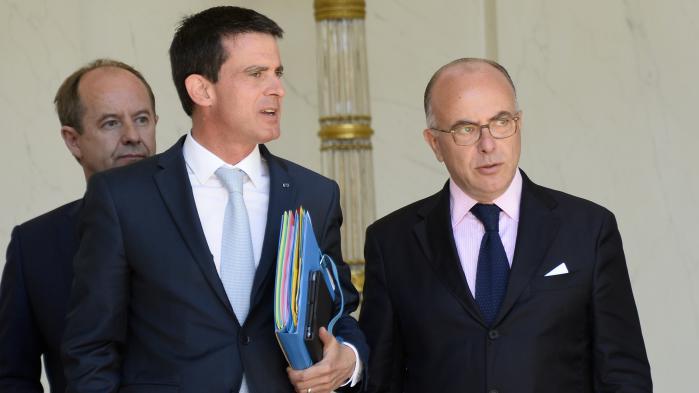 """VIDEO. Polémique sur la sécurité à Nice : Valls défend Cazeneuve, """"un ministre de l'Intérieur formidable"""""""