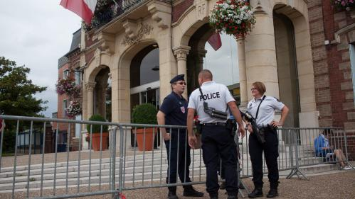 Attentat à Saint-Etienne-du-Rouvray : ledeuxième terroriste n'a pas encore été identifié