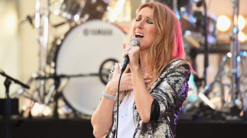 """Céline Dion salue le """"talent"""" d'un jeune Gabonais star du web, après une reprise d'un succès de la chanteuse"""