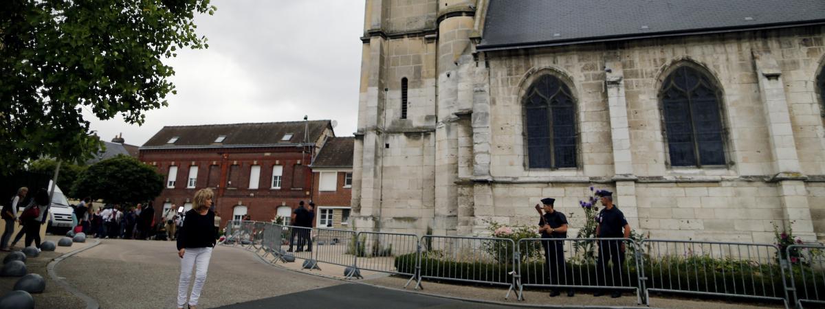 Saint-Etienne-du-Rouvray  Quand Adel Kermiche U00e9voquait Son Projet Du0026#39;attentat Sur La Messagerie ...