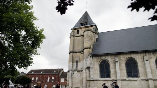 Saint-Etienne-du-Rouvray : quand Adel Kermiche évoquait son projet d'attentat sur internet