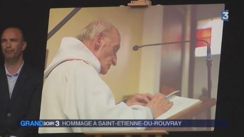 Saint-Etienne-du-Rouvray rend hommage au père Hamel