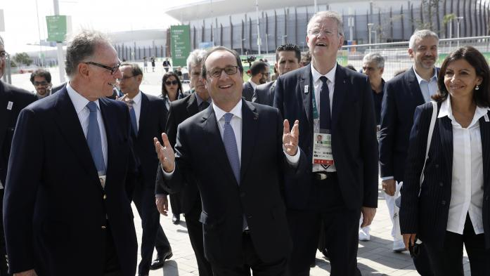 VIDEO. JO : en visite à Rio, Hollande vante les mérites de Paris 2024