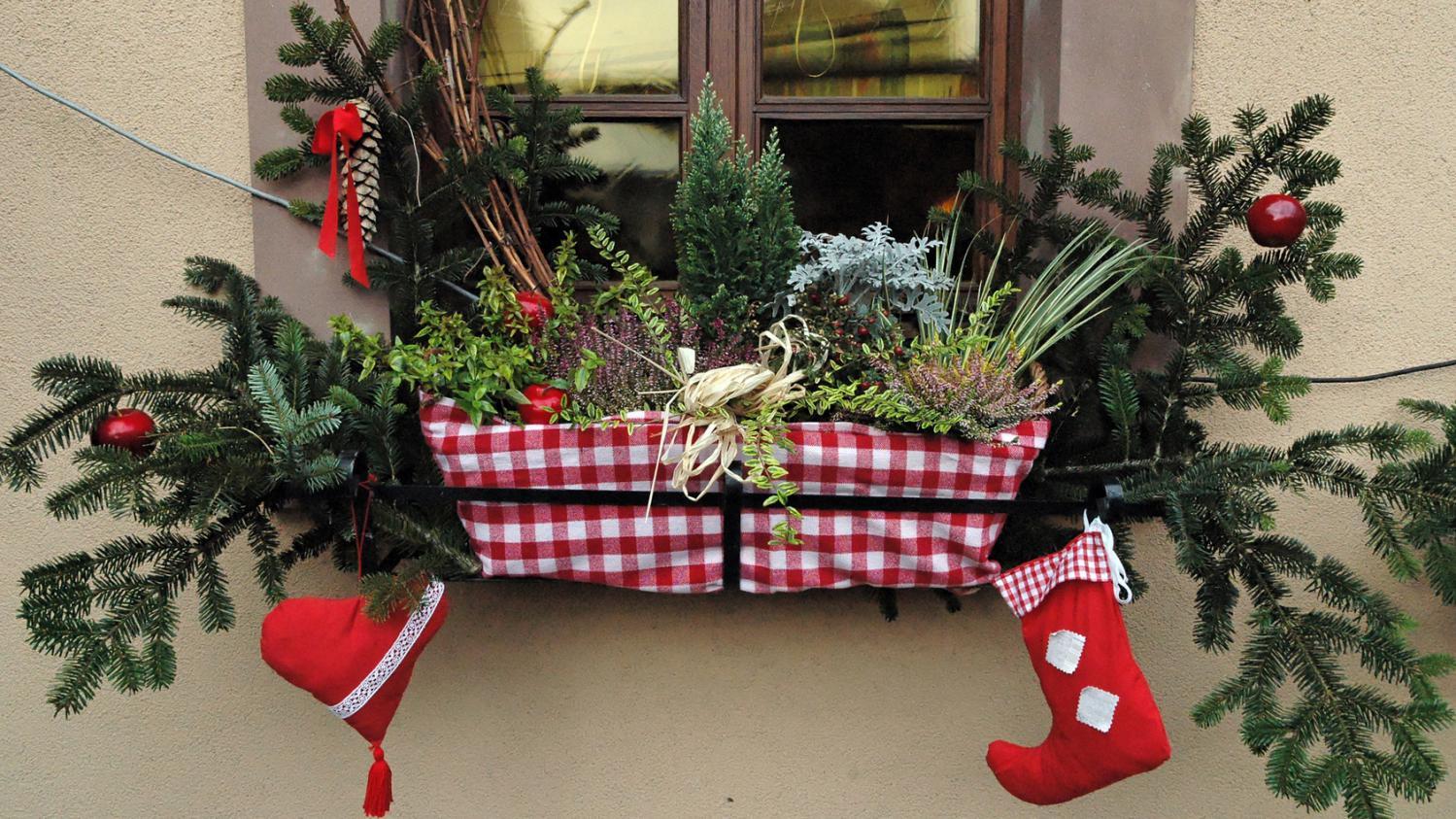 Neige Decoration Table
