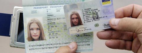 En France De Victimes D'usurpation D'identité Plus