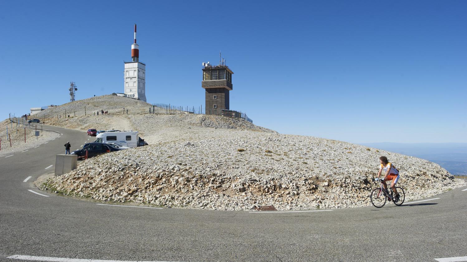 tour de 224 l assaut du mont ventoux