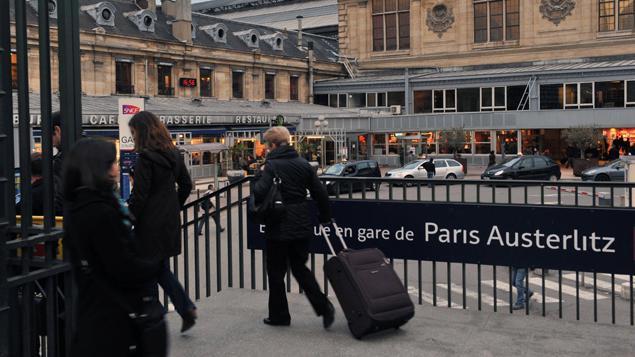 sncf am lioration sensible du trafic la gare d 39 austerlitz paris. Black Bedroom Furniture Sets. Home Design Ideas