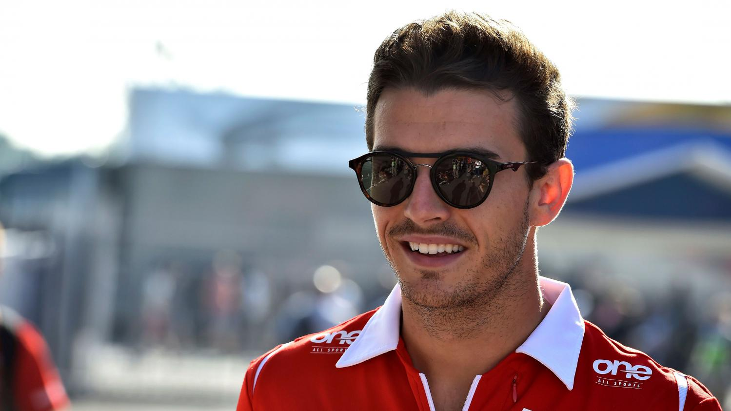mort de jules bianchi le sport fran ais perd avec lui l un de ses plus grands espoirs hollande. Black Bedroom Furniture Sets. Home Design Ideas