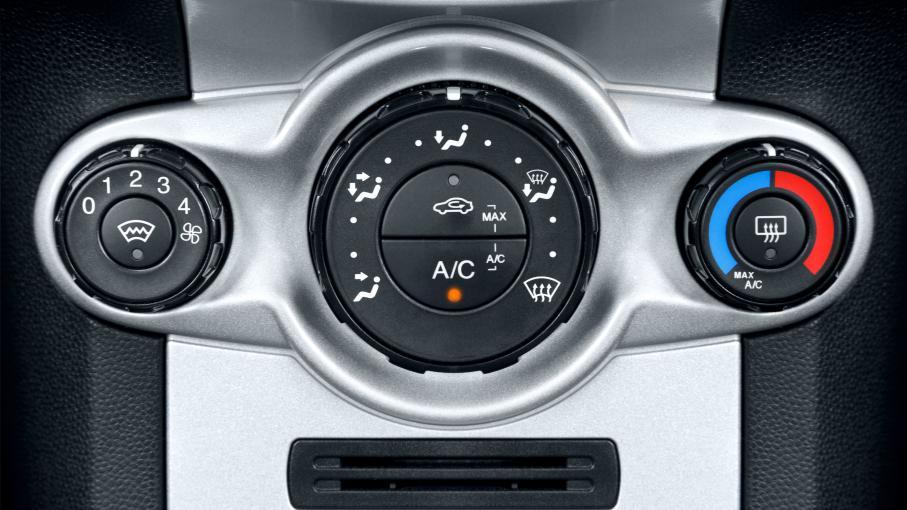 pourquoi les chauffages des voitures sont ils aussi longs chauffer. Black Bedroom Furniture Sets. Home Design Ideas