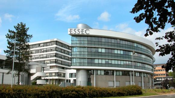 L 39 essec singapour fin de la business school la for Chambre de commerce francaise singapour