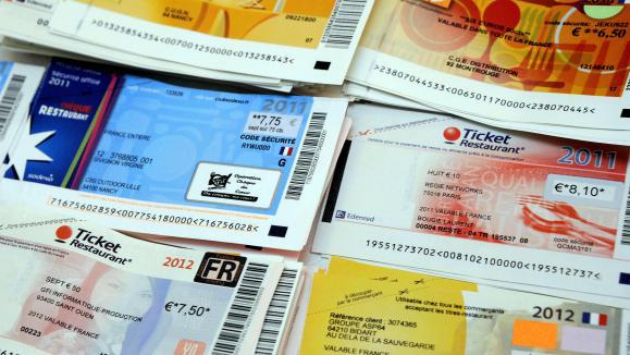 Carte Bleu Ticket Restaurant.La Fin Prochaine Des Titres Restaurants Sous Forme Papier