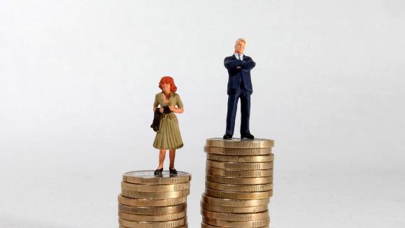 les femmes gagnent un quart de salaire en moins que les hommes. Black Bedroom Furniture Sets. Home Design Ideas