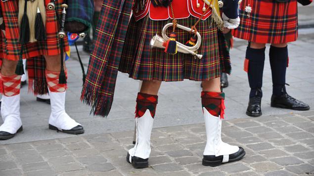 Pourquoi les cossais portent ils des kilts for Pourquoi ecossais portent kilt