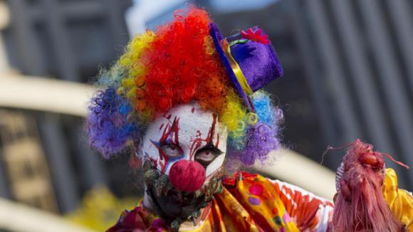 expliquez nous les clowns m chants. Black Bedroom Furniture Sets. Home Design Ideas