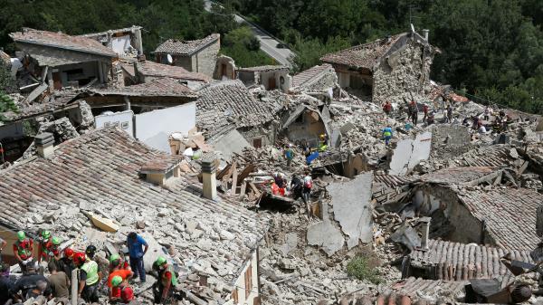 Séisme en Italie : Pescara del Tronto, village martyr