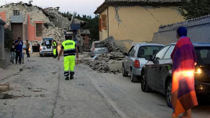 DIRECT. Un séisme de magnitude 6,2 a secoué le centre de l'Italie cette nuit