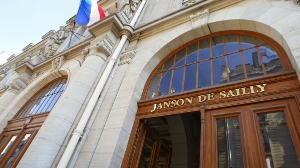La prof de Janson-de-Sailly qui tenait des propos antisémites et complotistes est suspendue