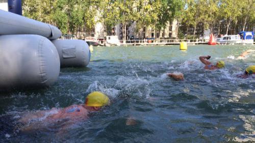 Paris : les nageurs reprennent possession du bassin de La Villette