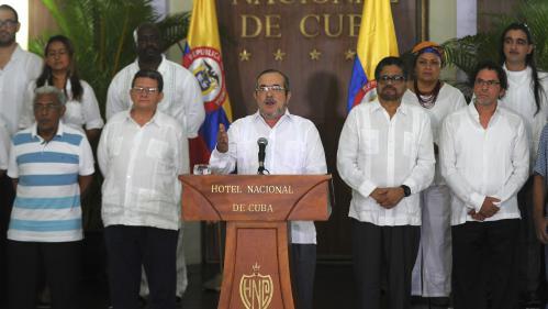 Colombie : un cessez-le-feu historique avec les Farc entre en vigueur, après 52 ans de conflit