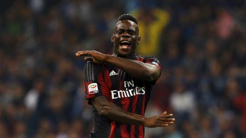 Football : l'OGC Nice réussit le gros coup de la fin du mercato en recrutant l'attaquant italien Mario Balotelli