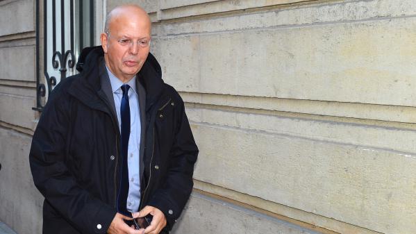 """Buisson aurait perçu plus de 600000euros pour avoir recommandé une imprimerie à l'UMP, selon """"L'Obs"""""""
