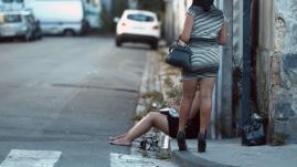 """La """"lover boy method"""", moyen de recrutement des prostituées"""