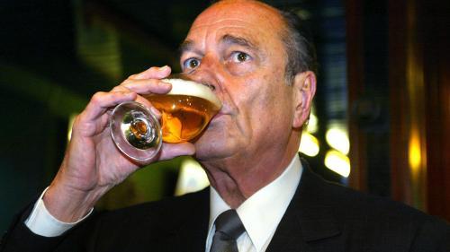 EN IMAGES. Bière, tête de veau, choucroute... Jacques Chirac, ce bon vivant