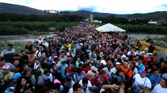 Afflux deVénézuéliensà la frontière avec la Colombie, à San Antonio del Tachira, le 17 juillet 2016.