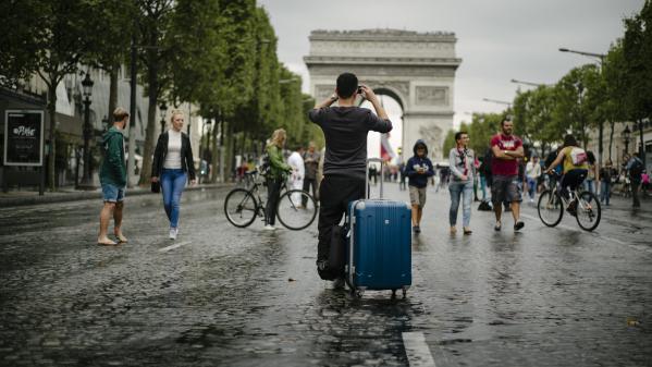 Journée sans voiture : quand Paris devient piéton