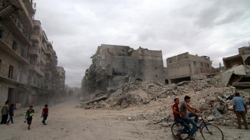 VIDEO. Ambulances bombardées, hôpitaux débordés... des scènes d'horreur à Alep