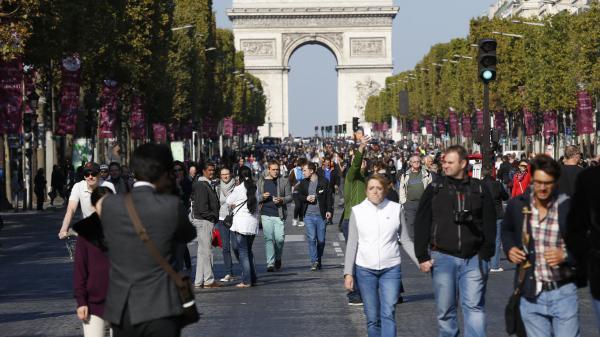 """Journée sans voiture à Paris : Action Climat salue """"une initiative intéressante"""""""