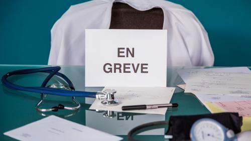 Hôpital : les médecins appelés à une grève massive