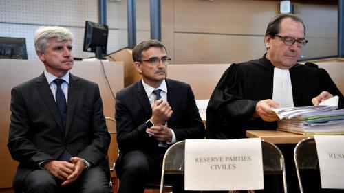 """Procès de la """"chemise arrachée"""" d'Air France : les prévenus tentent de faire mentir les images"""