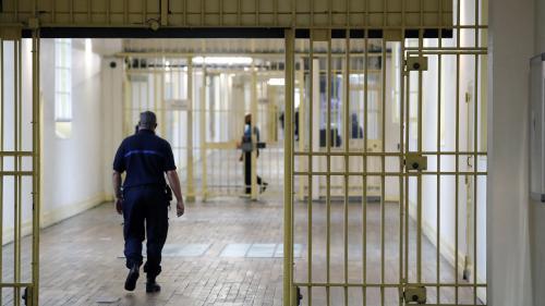"""A la maison d'arrêt de Fresnes, """"l'état d'urgence s'arrête à la porte de la prison"""""""