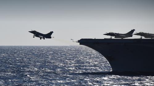 Charles de Gaulle : révision du porte-avions pour plusieurs mois