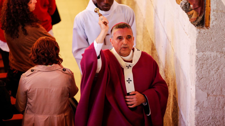 Video saint etienne du rouvray l 39 archev que de rouen for Frazzi saint etienne du rouvray