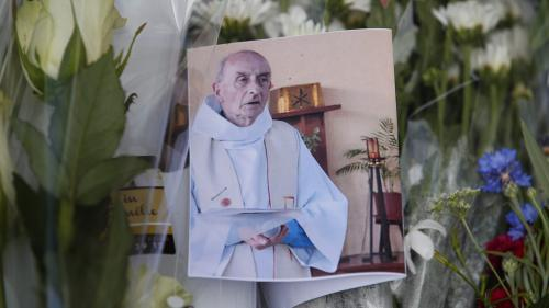 """VIDEO. """"Pas de colère, pas de haine"""": un an après l'attentat de Saint-Etienne-du-Rouvray, le témoignage poignant de la sœur du père Jacques Hamel"""
